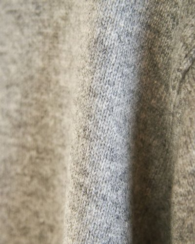 画像3: [メンズ]カシミヤ Vネックセーター・銀[XL]